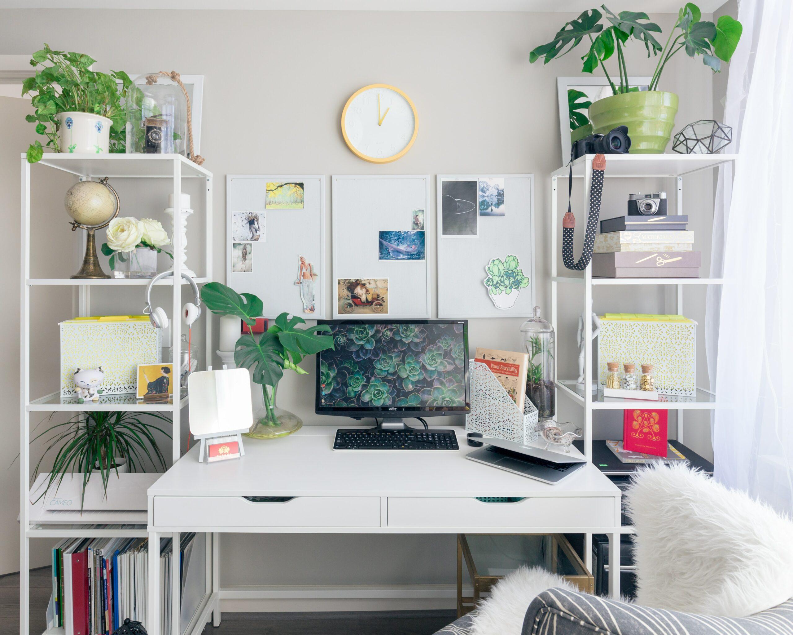 a teacher's desk at home
