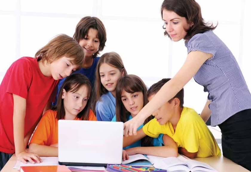 encouraging students to work together